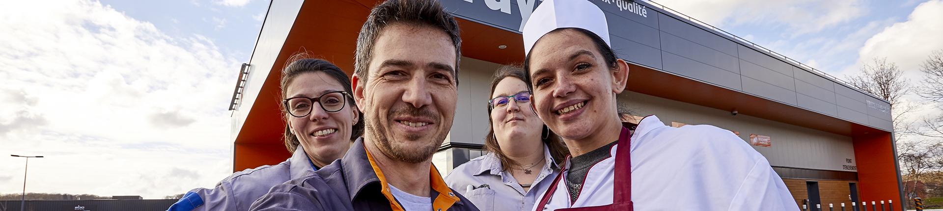 _72A9954 selfie colruyt miserey salines equipe façade d